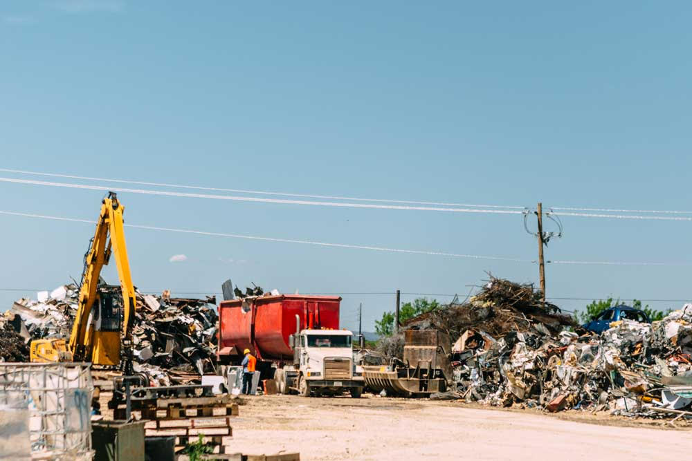 How Does a Professional Salvage Yard in Dallas TX Operate Its Business?